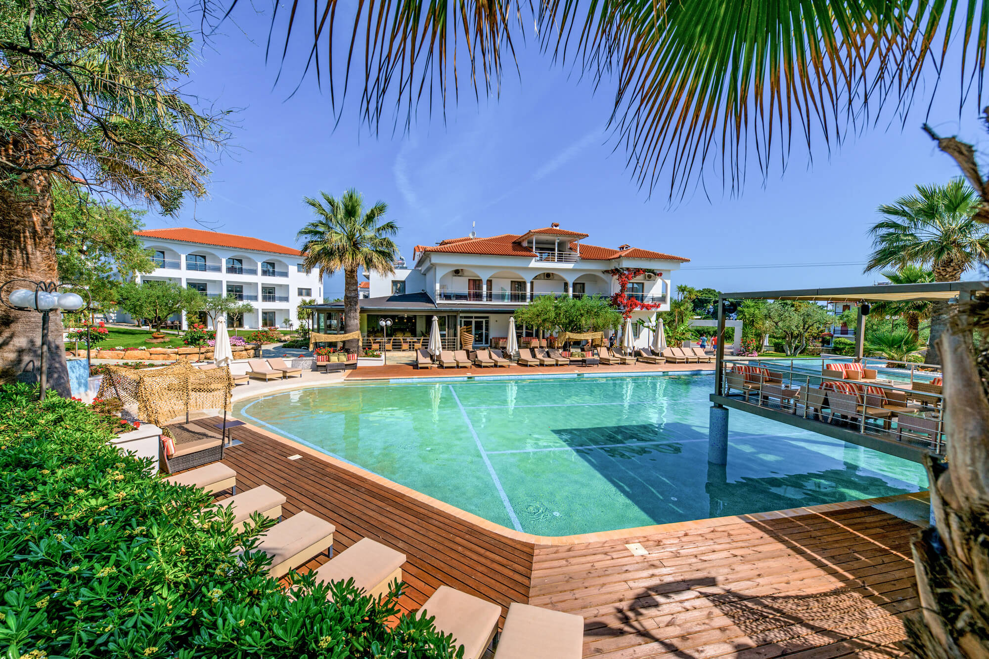 Flegra_Palace pool view_623